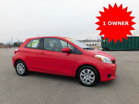 Pre-Owned 2012 Toyota Yaris LE